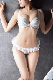 桃見 綾香